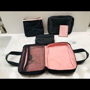 Mary Kay New Cosmetic /Travel Bags & Bonus